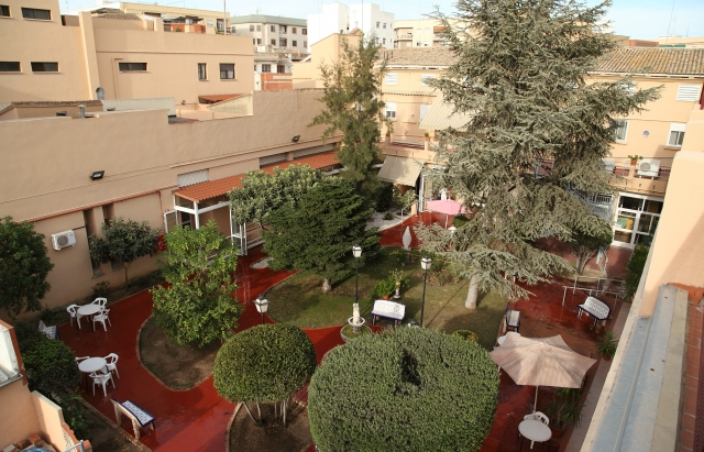 Residencia tercera edad con excelente ubicación en Manises (Valencia)