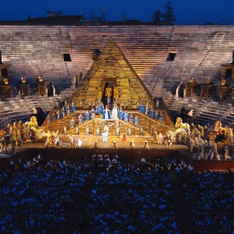 Arena di Verona e Teatro Romano