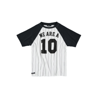 10 Raglan Tee (striped)