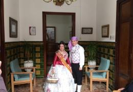 Visita de las Falleras y Presidentes a la Residencia