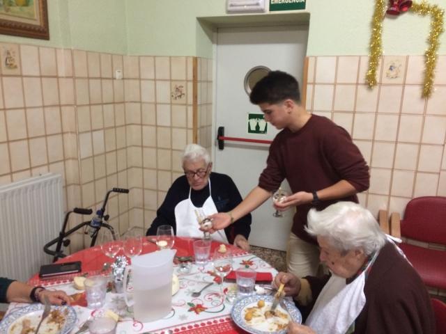 Familias cristianas pasan la nochevieja en La Residencia