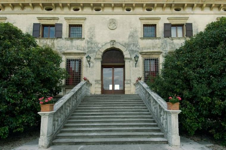 Villa d'Arco Scala