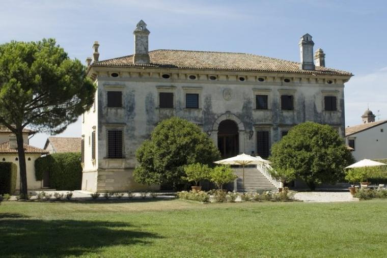 La Villa Esterni